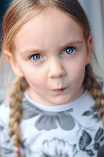 girl-2868209_1920.jpg